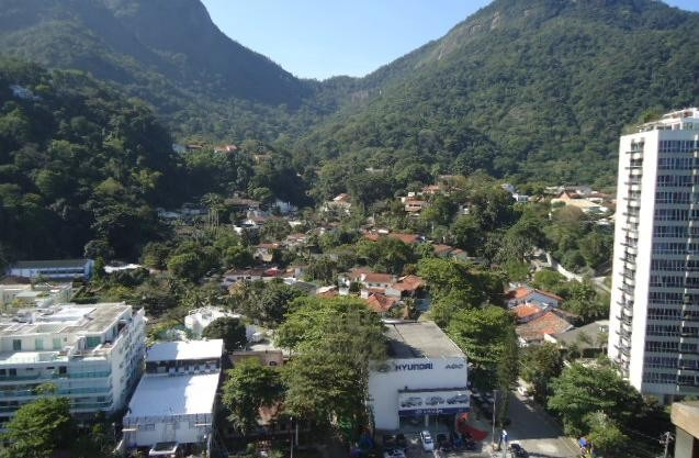 EXCELENTE COBERTURA NO PRAIA GUINLE 8