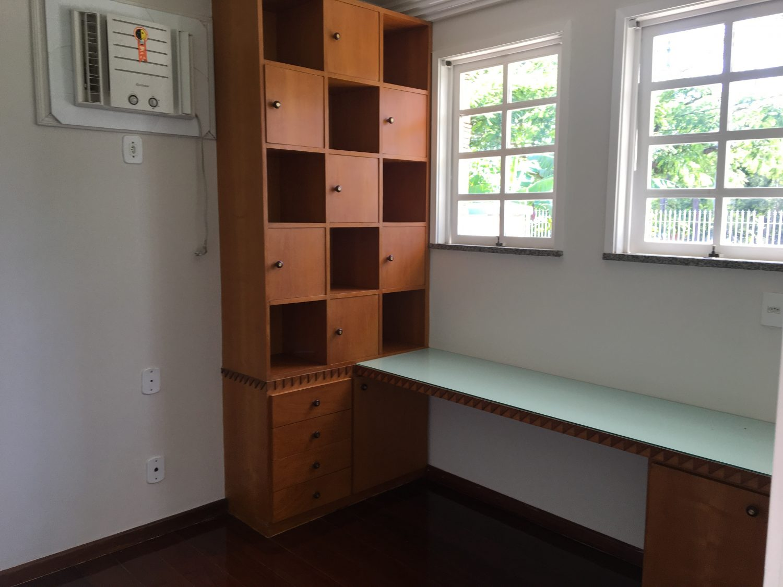 4 escritorio 6