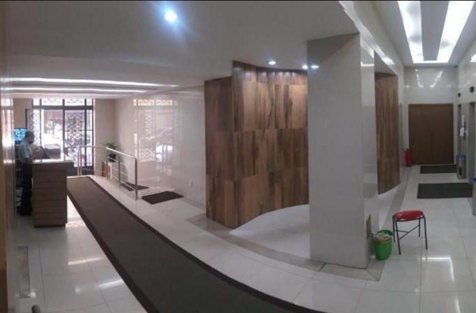 Vendo Conjunto De Salas no Centro Com 107 m² 2